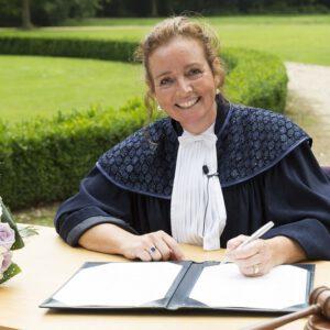trouwambtenaar-Drenthe-Manon
