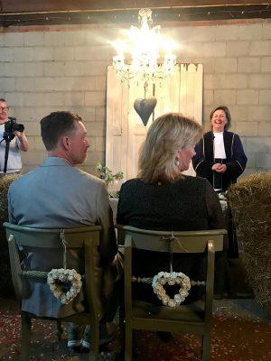 hoe-lang-duurt-trouwceremonie-trouwambtenaar-Lisette